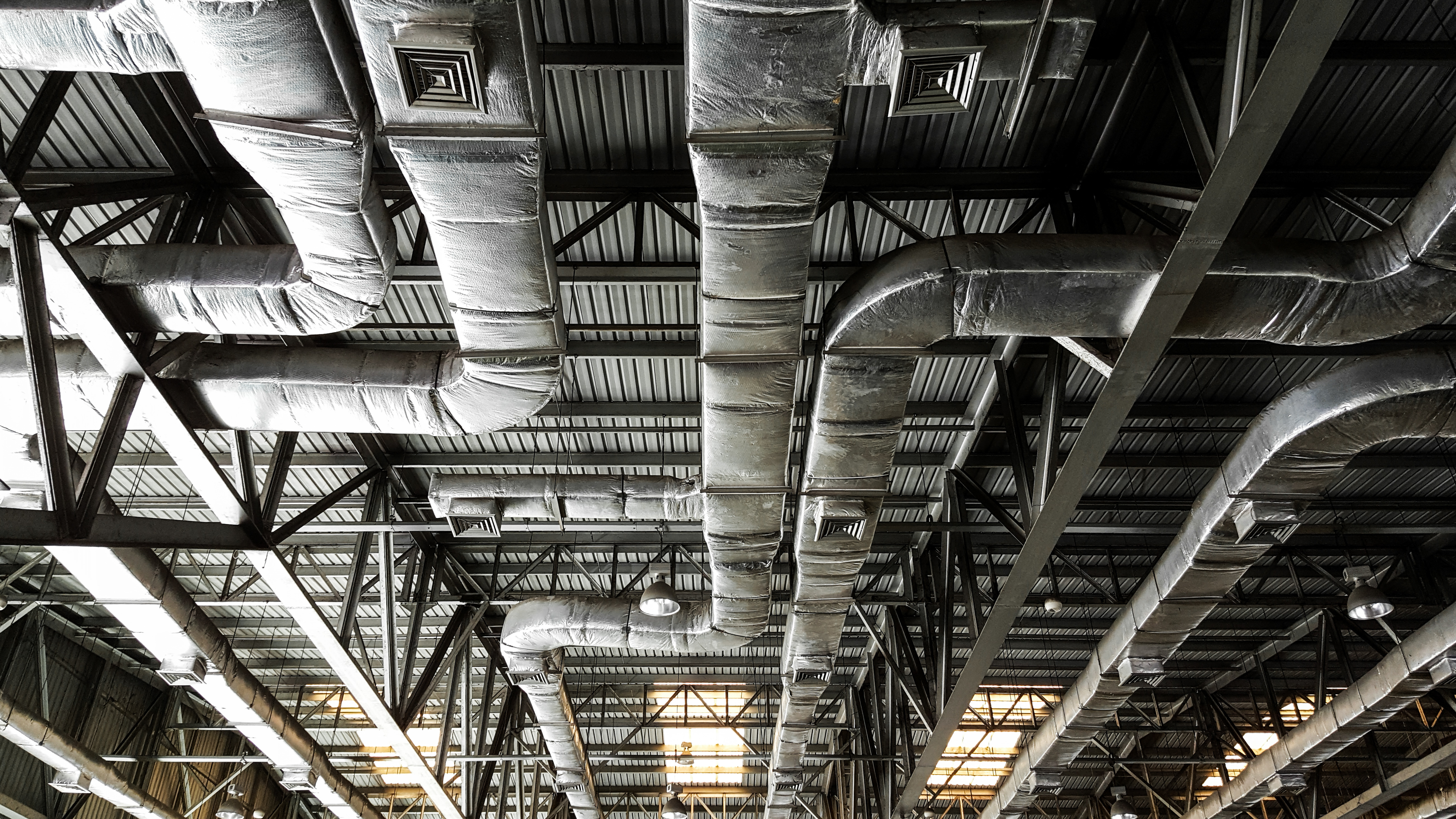 Show roof structure and air condition system